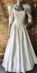 Beautiful Vintage Wedding Dress By Alfred Angelo.Victorian satin Beads Train  8