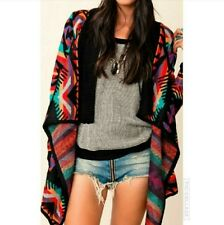 UNIF  The Desert Poncho in Black Multi XS