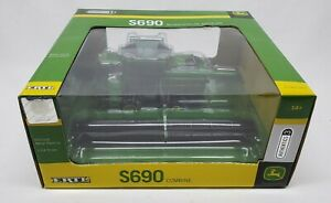 John Deere S690 Combine With Both Heads #3 Authentics Series By Ertl 1/64 Scale