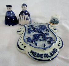 LOT OF 4 PC DELFT HOLLAND BLUE THIMBLE - PEOPLE FIGURINES - ORNAMENT