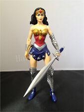 DC Comics Univers Terre 2 Merveille Femme PVC action Figure Figurine