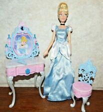 Cinderella Enchanted Vanity Set figure toy playset Disney figure dressing table