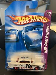 2008 Hot Wheels White/Red Checkered '57 Chevy Hood Opens Classic Antique