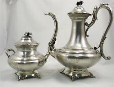 Bel ensemble théière et sucrier, argent massif Minerve, Napoléon III, guilloché.