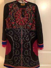 Brand New Sana Safinaz Signature Kurta Sz M Black Embroidered MSRP $80