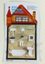 "Dollhouse Miniature 1/4"" Quarter Scale Bathroom Set Toilet Sink Bathtub 1:48"
