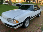 1989 Ford Mustang  1989 Ford mustang 5.0 5speed, hatchback, white
