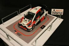QSP Diorama 1:18 Toyota Gazoo Racing Rally Team Service for Toyota Yaris WRC