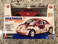 """Burago Volkswagen New Beetle - """"Flower Power Beetlemania"""" - 1998 - NEW 1/24 KIT"""