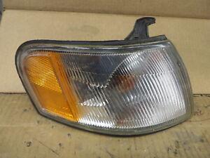 NISSAN SENTRA 200SX 95 96 97 98 99 CORNER LIGHT PASSENGER RH RIGHT NOE