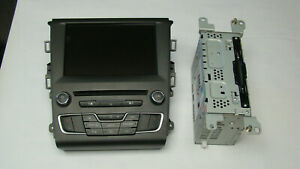 2016 Ford Fusion Digital Entertainment System OEM. Support OEM rear view camera