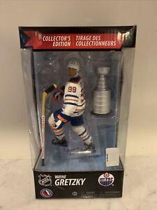 Wayne Gretzky Edmonton Oilers McFarlane NHL Collectors Edition With Stanley Cup