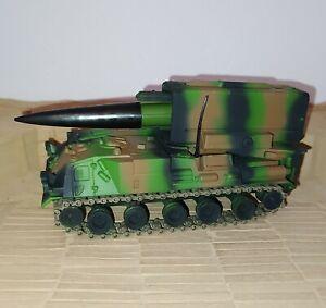 Char Amx 30 Pluton Solido militaire 1/50 collection Hachette