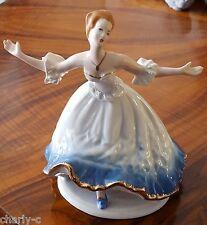 Porzellanfigur - Tänzerin - weiß blau gold - Crown Regent -