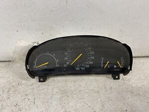 1994 Saab 900 A/T cluster speedometer tach gauges instrument panel oe ID 4617221