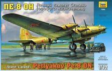 Zvezda 7280 Petlyakov Pe8 ON Stalins Plane 1/72 scale plastic model kit