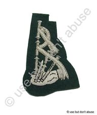 Badge Pipe and Drum Band Badge Silver on Green R1199