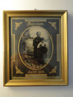 Altes Foto im Bilderrahmen Andenken Jahr 1891 Frau mit Kind Emilie? Mutter