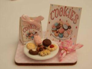 Dolls house food: Cookies display board -By Fran