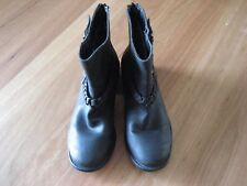 LADIES CUTE BLACK NON LEATHER ZIP AT BACK BOOTS SHOES BY RIVERS SIZE 37 AUS 6/7