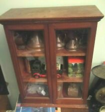 Vintage glass-fronted table top display cabinet - LOVELY SHOWCASE