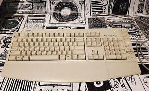 IBM KB-7993 Mechanical Keyboard w/ Wrist Rest Clicky Vintage Computer Retro