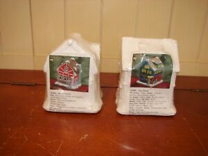 New Lot of 2 Creative Crafts Ready to Paint Toy Shop & Barn House Buildings