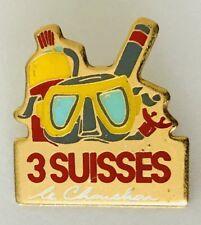 Scuba Diving Mask & Snorkel 3 Suisses Lapel Pin Badge Brooch Vintage (C7)
