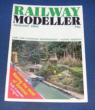 RAILWAY MODELLER VOLUME 35 NUMBER 406 AUGUST 1984 - NEW STREET IN 00