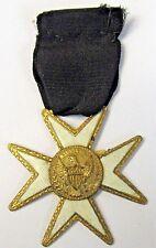 early KNIGHTS TEMPLAR MALTESE CROSS Masonic medal badge Henderson Ames