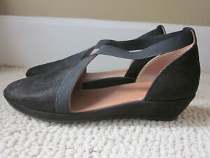 Kenneth Cole Pewter Metallic Leather Natalia Gentle Souls Wedge Shoe New