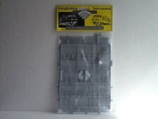 Knightwing PM121 Security Fencing with Double & Side Gates OO Gauge Kit
