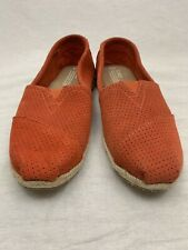 Toms sz 10 Orange Suede Perforated Classic Slip On Espadrille Flats Straw Sole