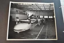 Vintage Photo RARE 1948 Davis Divan 3 Wheel Car Factory Assembly Line 892010