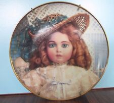 Portrait of THE ANTIQUE DOLL Hanau Doll Museum Franklin Mint Collector Plate