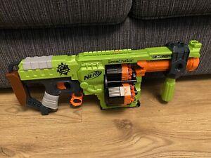 Nerf N-strike Elite Zombie Strike Doominator Pump Blaster Gun +Handle & Ammo