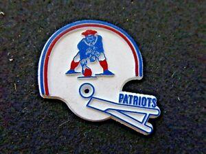 Vintage NFL New England Patriots Fridge Magnet 2 Bar Face Mask Standing Board
