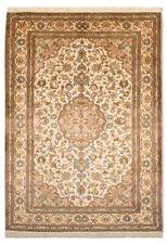 Tapis beige indien avec des motifs Médaillon pour la maison