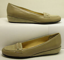 AMALLFI MADE IN ITALY SZ 6 N BEIGE GENUINE LEATHER SLIP ON LOAFER SHARP COND.