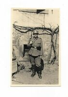 Foto, Soldat in Uniform, Gewehr, Helm,