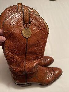 Vintage TONY LAMA Cowboy Boots Men Snakeskin BootsSize 9 B Style 8122