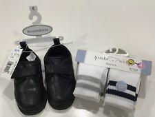 Boys Koala Kids Black Faux Leather Hook Loop Strap With 4 Pair Of Socks Sz 4 NEW