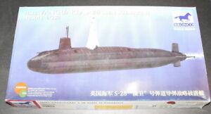 Bronco Model kit 1/350 HMS 'Vanguard' S-28 SSBN Submarine NB5014