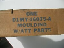 D1MY-16075-A OEM FORD NOS MOULDING- FRONT FENDER FRONT LH
