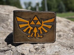 Handmade leather wallet from The Legend of Zelda for geeks