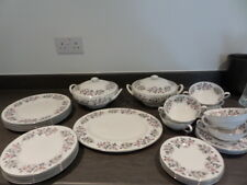 TUSCAN DINNER SERVICE - RICHMOND HILL - 32 pcs - TUREENS, PLATES, SOUP, PLATTER