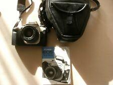 Digitalkamera Canon EOS 50 mit Objektiv