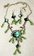 vintage style jewelry set Green crystal necklace match earrings Silver tone set