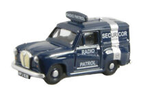 Classix Pocketbond Em76666 Austin A35 Van Securicor Radio Patrol