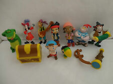 JAKE AND THE NEVERLAND PIRATES CAKE TOPPERS 12 FIGURES AND FREE GIFT FREE P+P